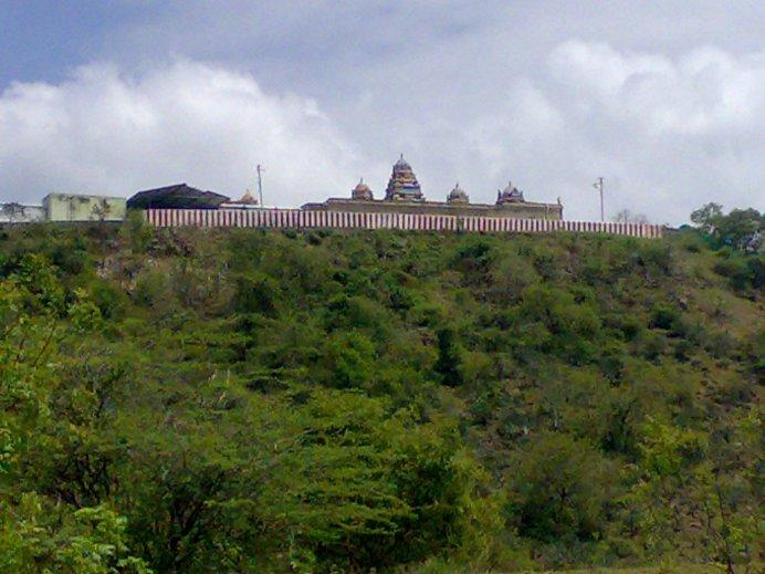 Thirumalaivaiyavoor temple.jpg