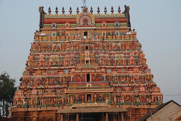 Trinbhuvanam Temple.jpg