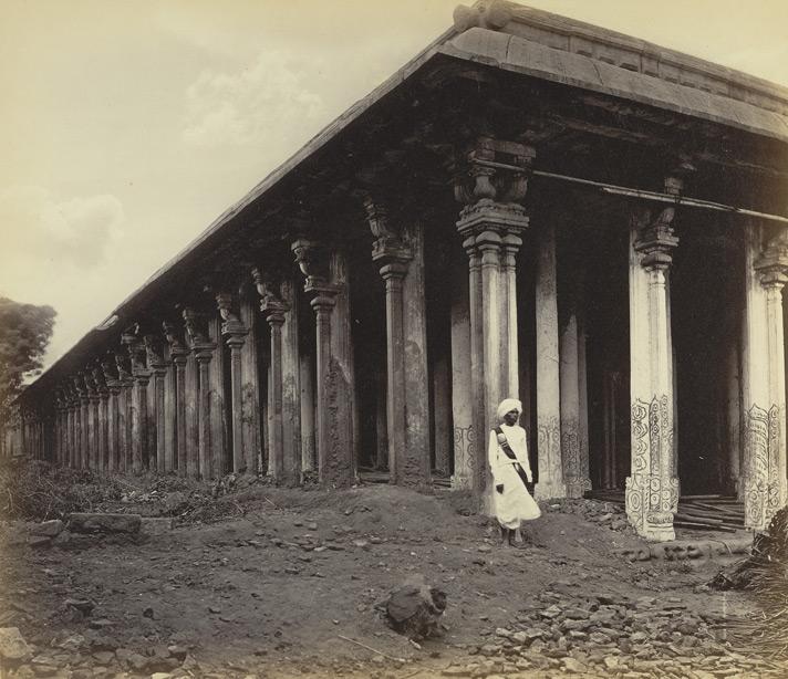 Thousand Pillar Srirangam.jpg