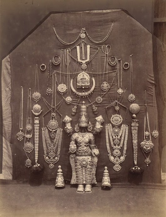 Sriranagam Temple Jewel.jpg