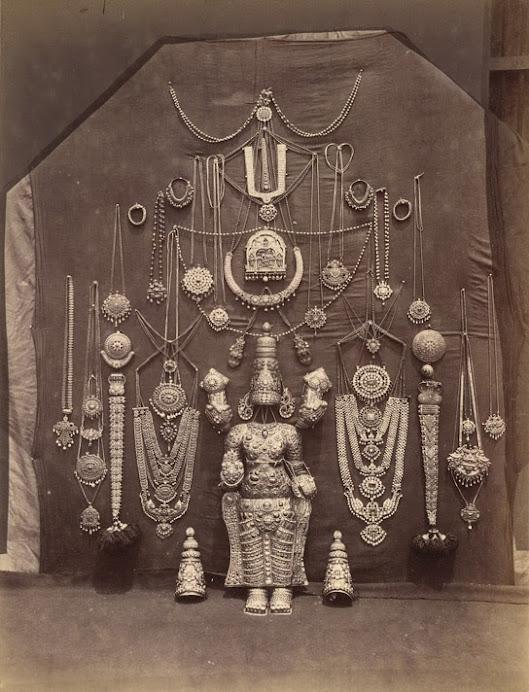 Sriranagam Temple Jewel.jpg