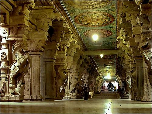 Thousand Pillar Hall, Madurai.jpg