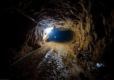 Iraq Tunnels.image.