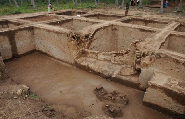 Keezhadi excavation image.
