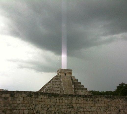 Mayan Pyramid Shoots Light Beam up